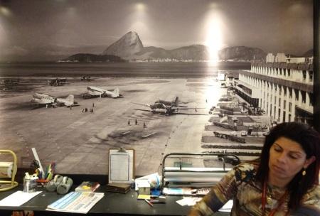 A la librairie Travessa, Rio, aéroport Santos Dumont, 1953