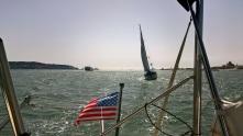 Voilier et ferry