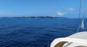 En vue de l'île